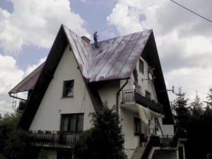 oczyszczanie-i-mycie-blach-przed-malowaniem-dachu-01